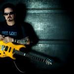 "STEVE LUKATHER – testet seine neue ""Luke III"" Signature-Gitarre von Music Man!"