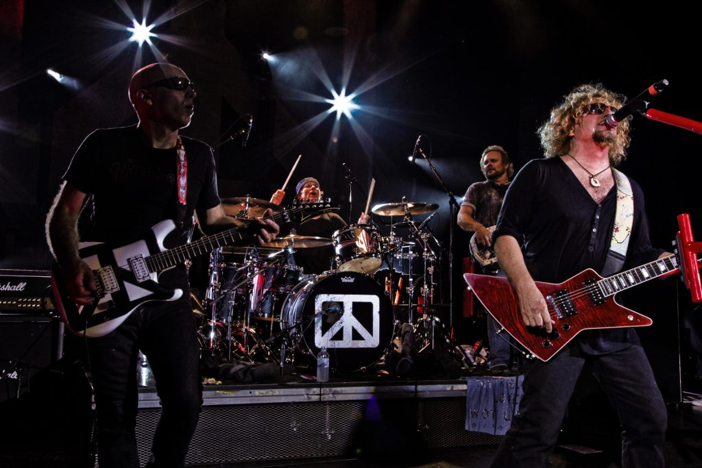 chickenfoot-approved-live-group-shot-193-credit-christie-goodwin