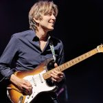 ERIC JOHNSON – neues Album, neues Video und Tour 2018!